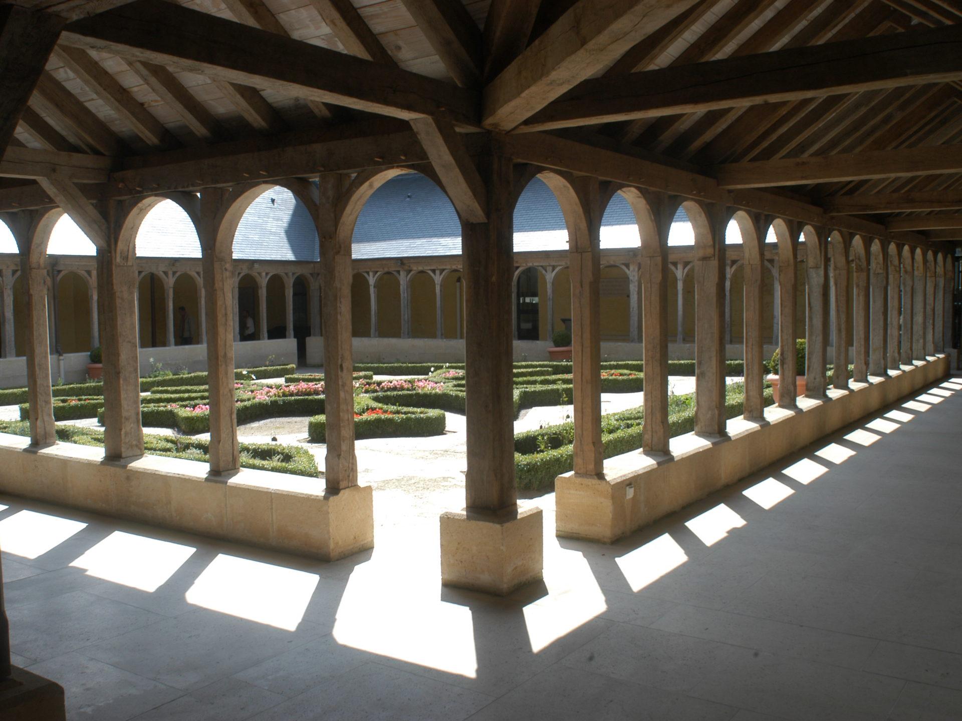 Abbaye Montivilliers Cloître©VDM